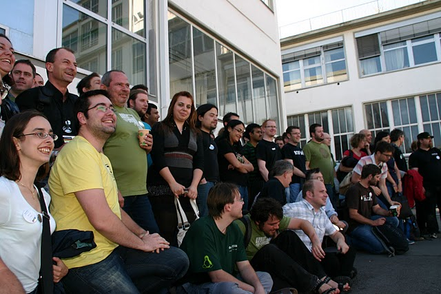 Group photo openSUSE Conference 2011 header.jpg